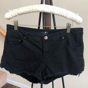 H&M Black Jean Short
